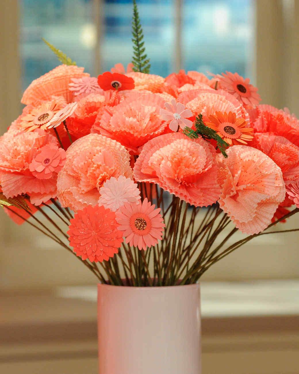cupcake-liner-flowers-mslb7077.jpg