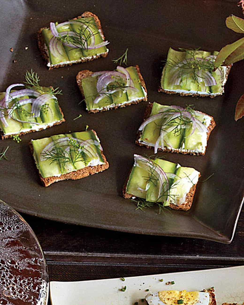 goat-cheese-cucumber-mbd108014.jpg