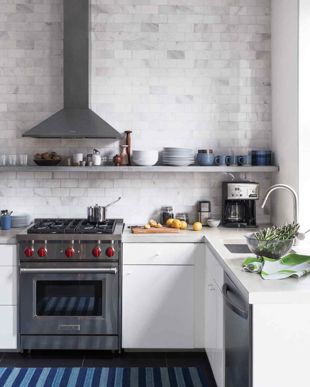 Deep Clean Kitchen: A Guide To Seriously Deep Cleaning Your Kitchen
