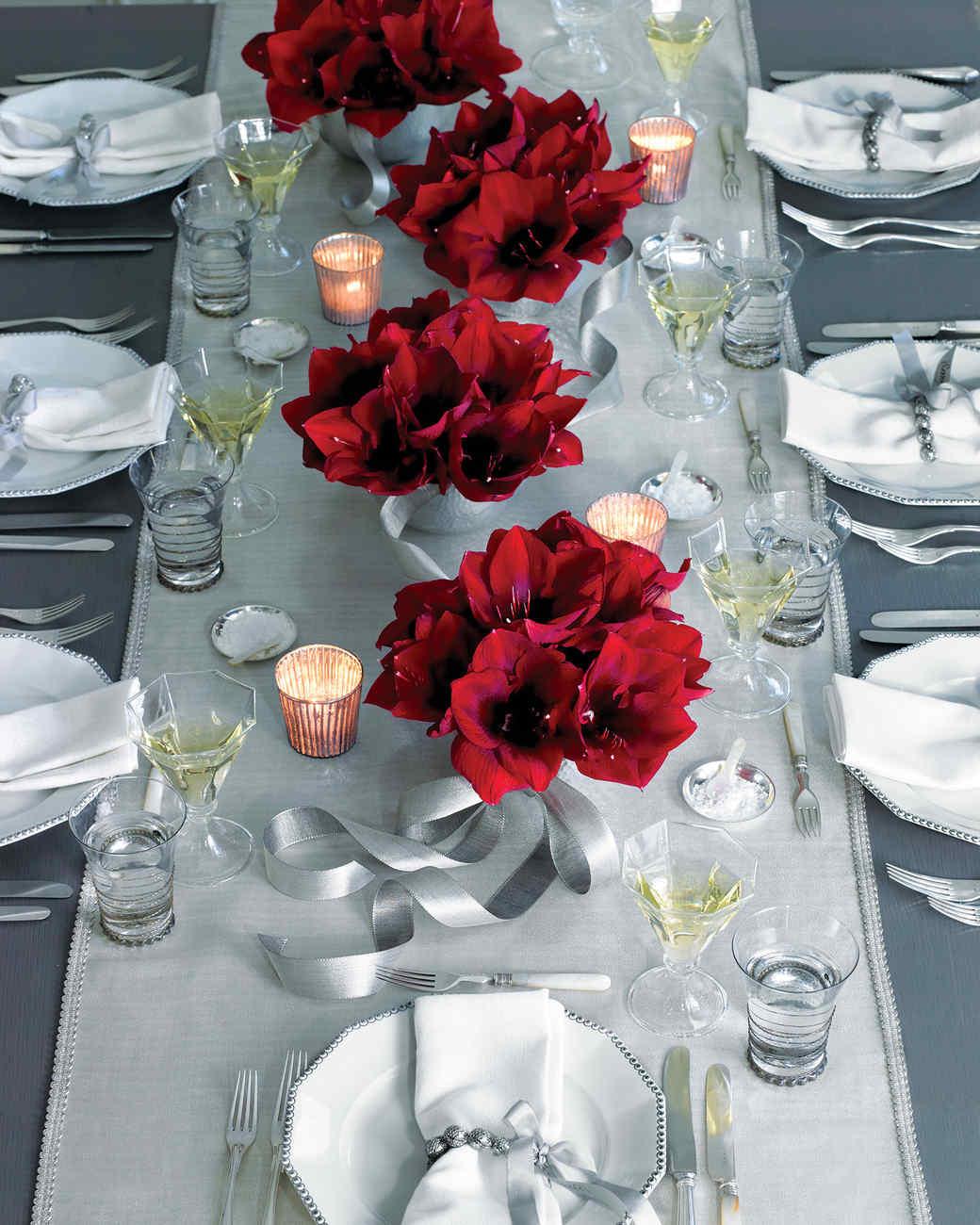 Flower arrangements for holidays martha stewart - Les plus belles tables de noel ...
