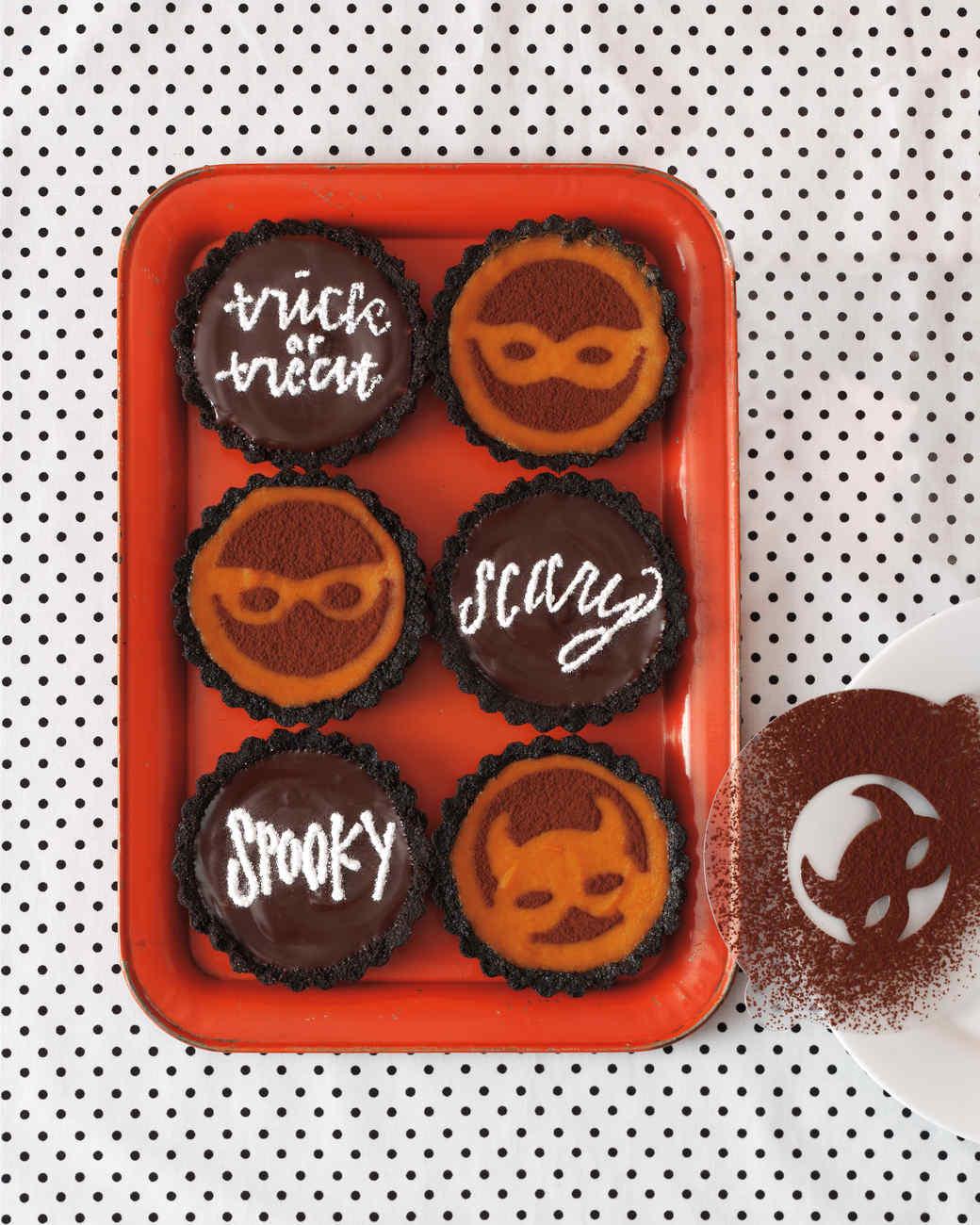 mscrafts-hlwn-cupcake-stencils.jpg