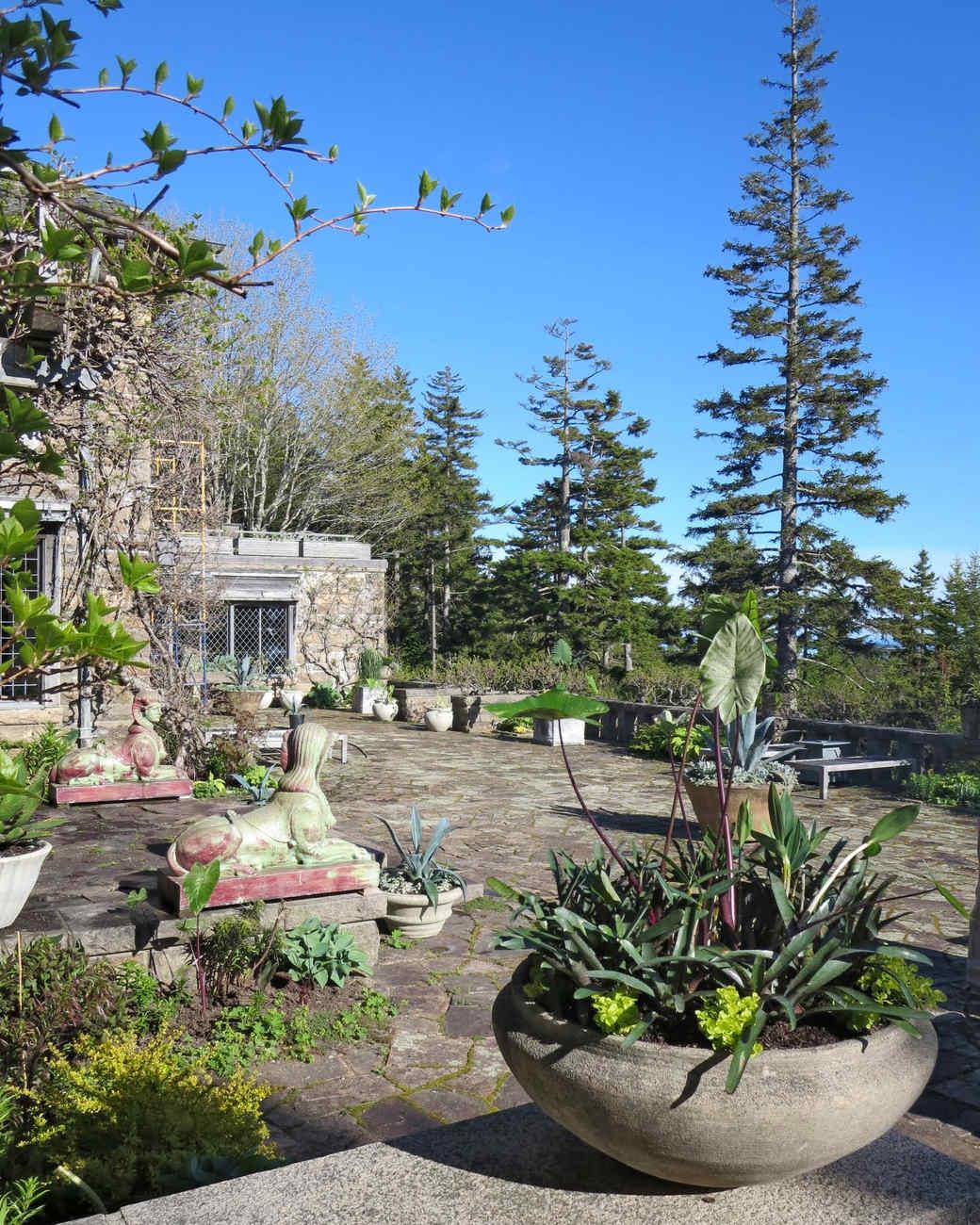 planting-urns-skylands-36-0514.jpg