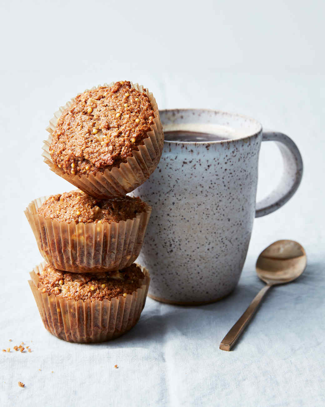 apple-bran-muffin-437-d113047-1.jpg