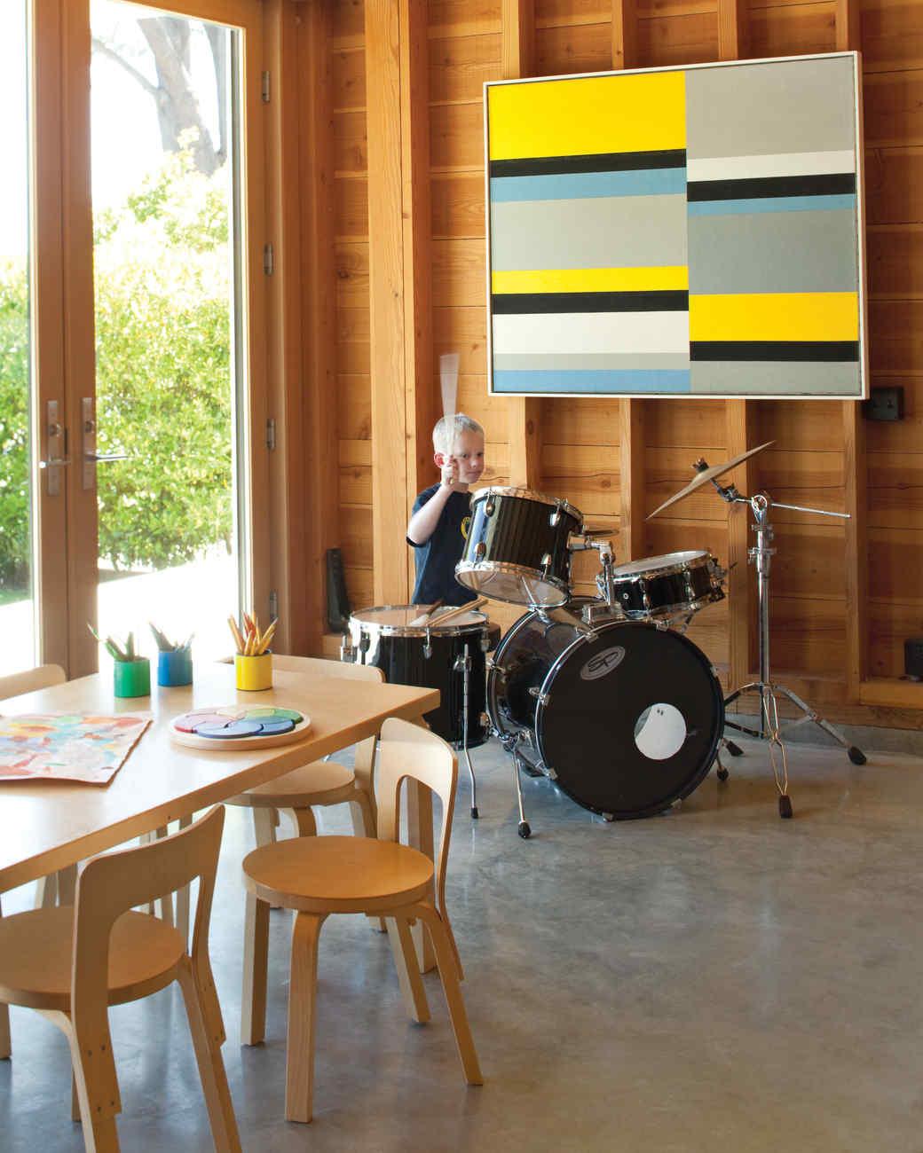 beach-house-drums-0811mld107442.jpg