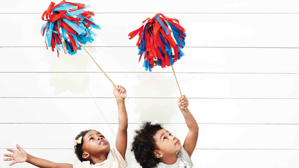 DIY 4th of July Pom Poms: Good Things