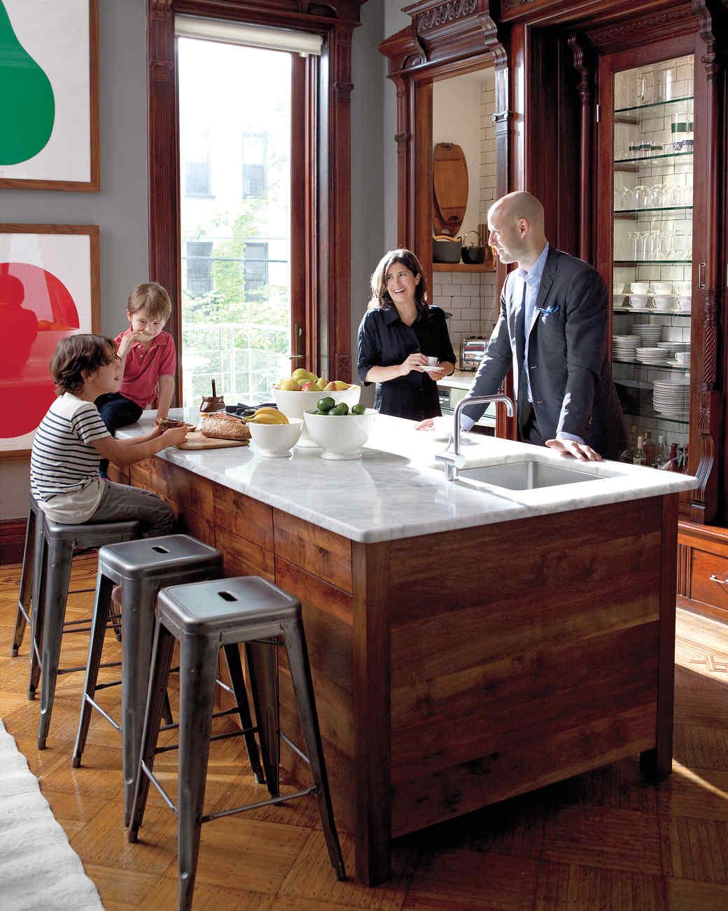 Our Favorite Kitchens Martha Stewart - Martha stewart dining room table