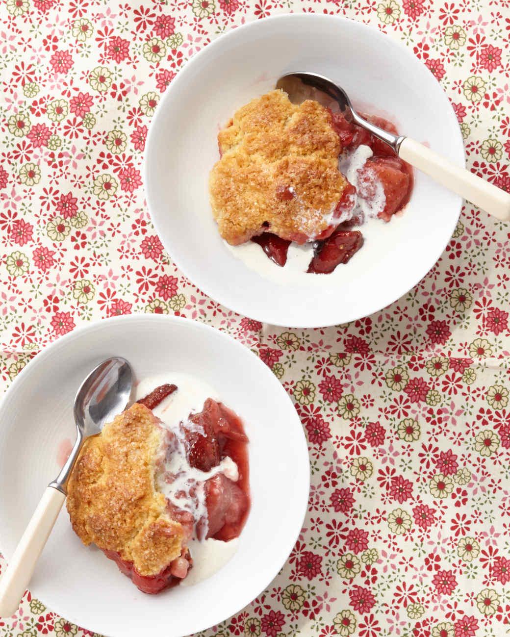 strawberry-cobbler-0067-d112152.jpg