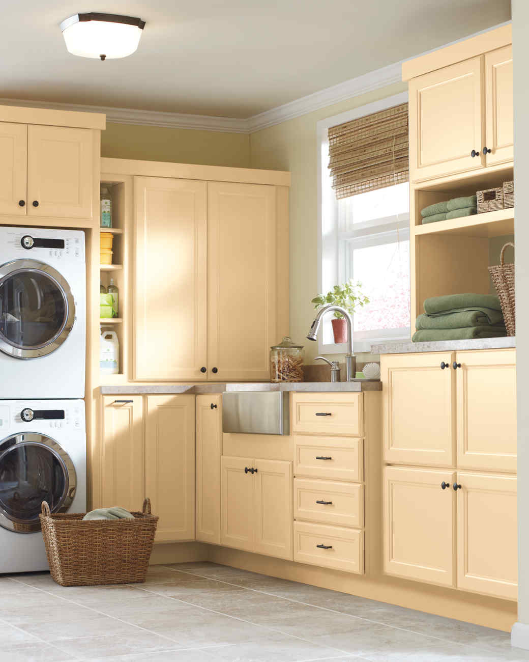 Martha Stewart Laundry Cabinet Martha Stewart Living Cabinet Solutions From The Home Depot
