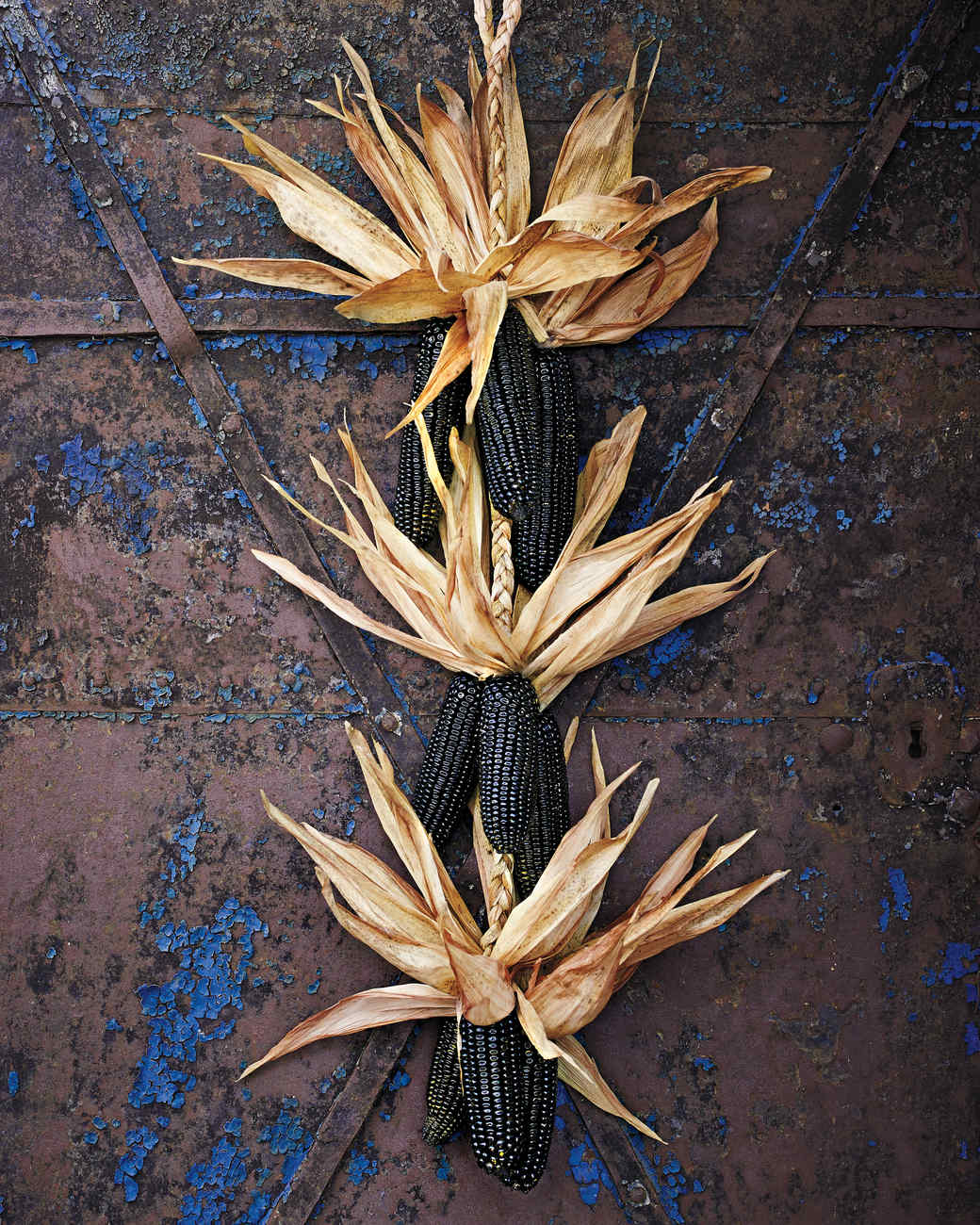 Corn Stalk Decoration Ideas: Halloween Decorating Ideas