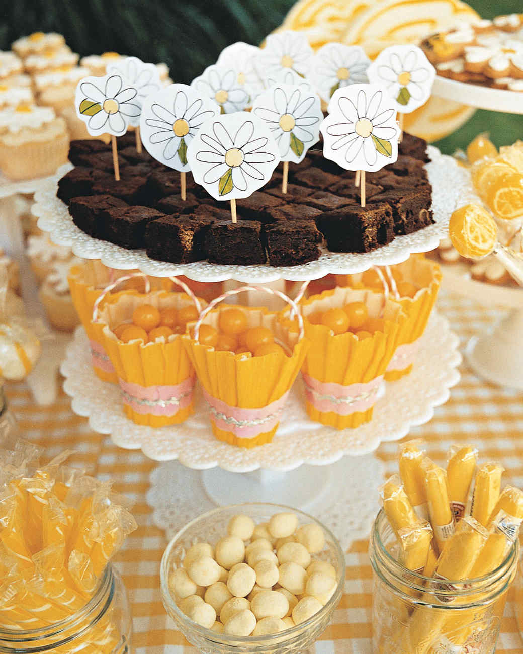 daisys-birthday-ma101007-buffet6.jpg