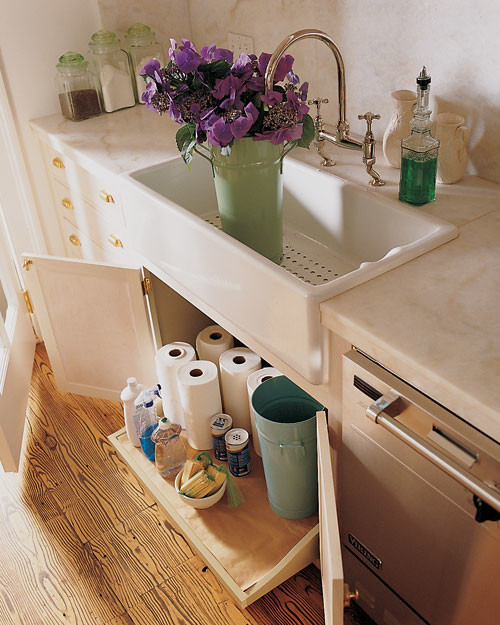ml09m19_sept1996_drawerundersink.jpg