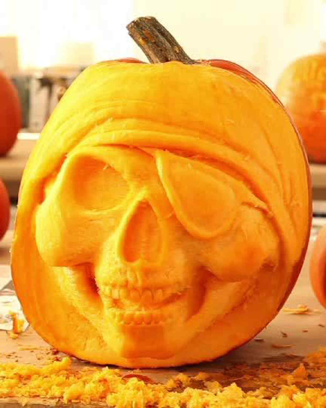 pirate_skull_halloween_pumpkin_1.jpg
