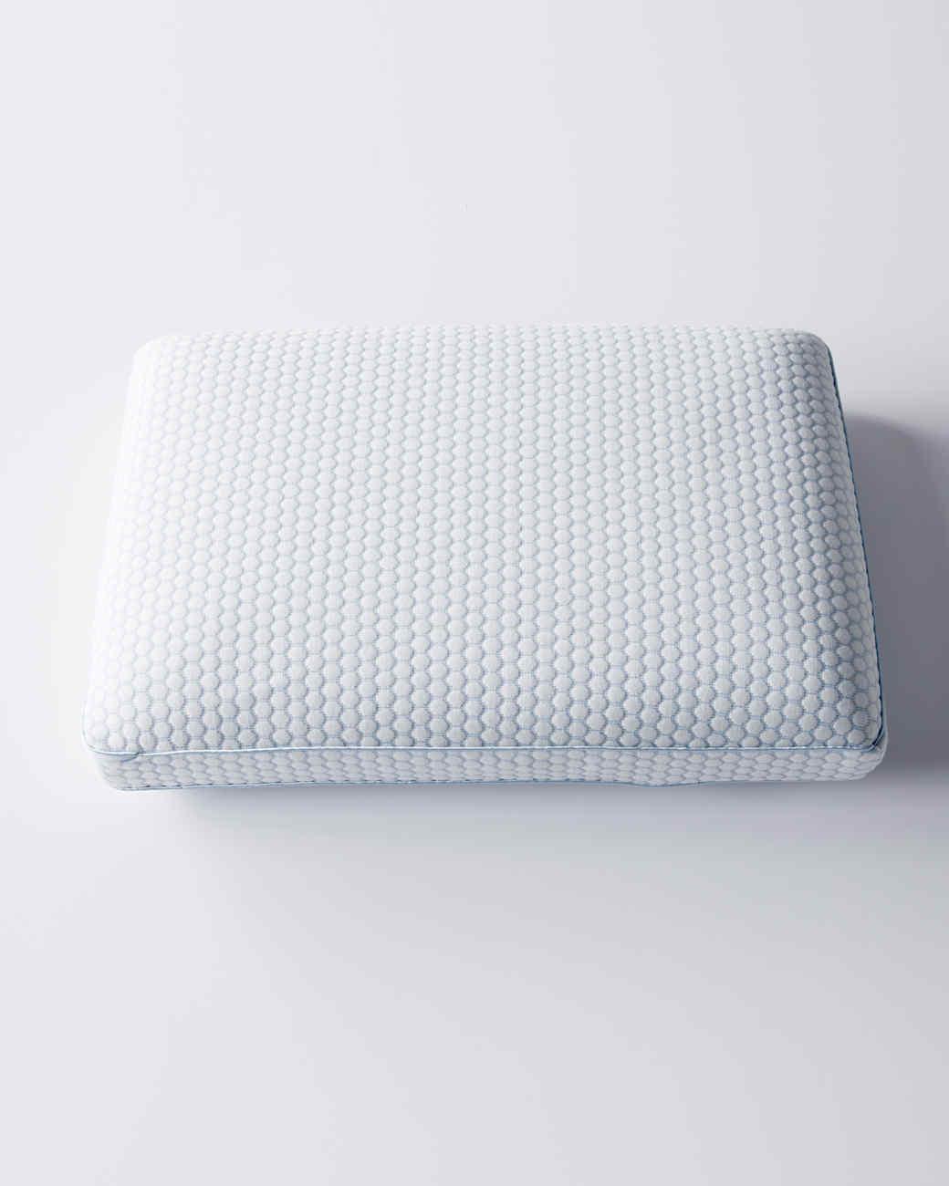gel-infused-pillow-1-d111310-0914.jpg