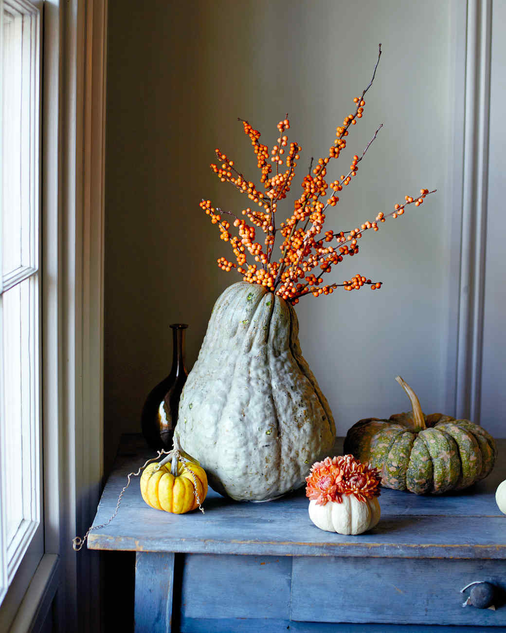 How to make squash and pumpkin flower arrangements Modern fall table decorations