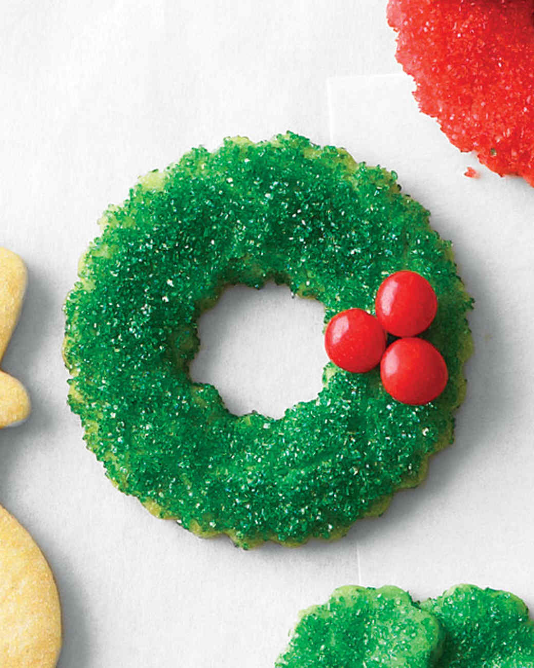 mld106463_1210_cookie_sugarwreath.jpg
