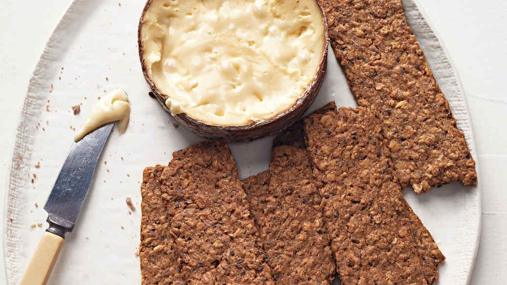 sweet oat walnut crisps