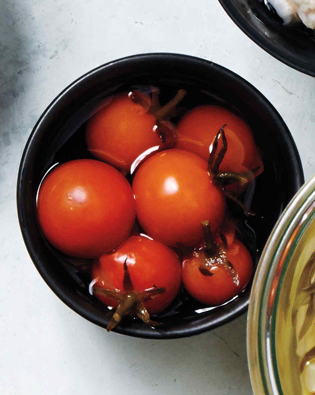 tomatoes-pickled-404-d111614-0915.jpg