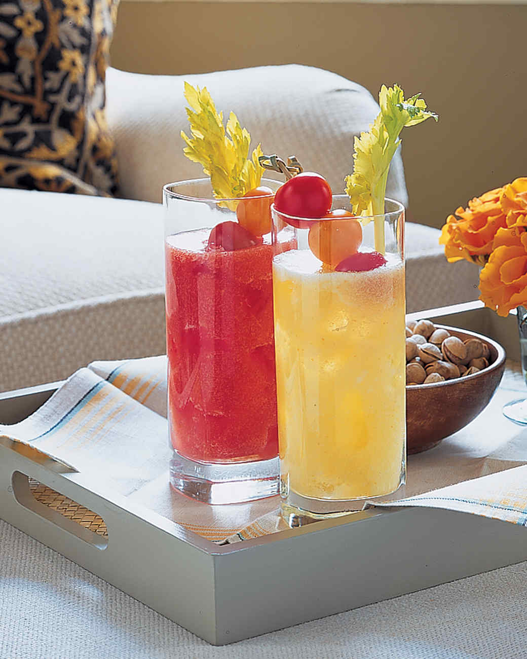 yellow-tomato-bloody-mary-a102240.jpg
