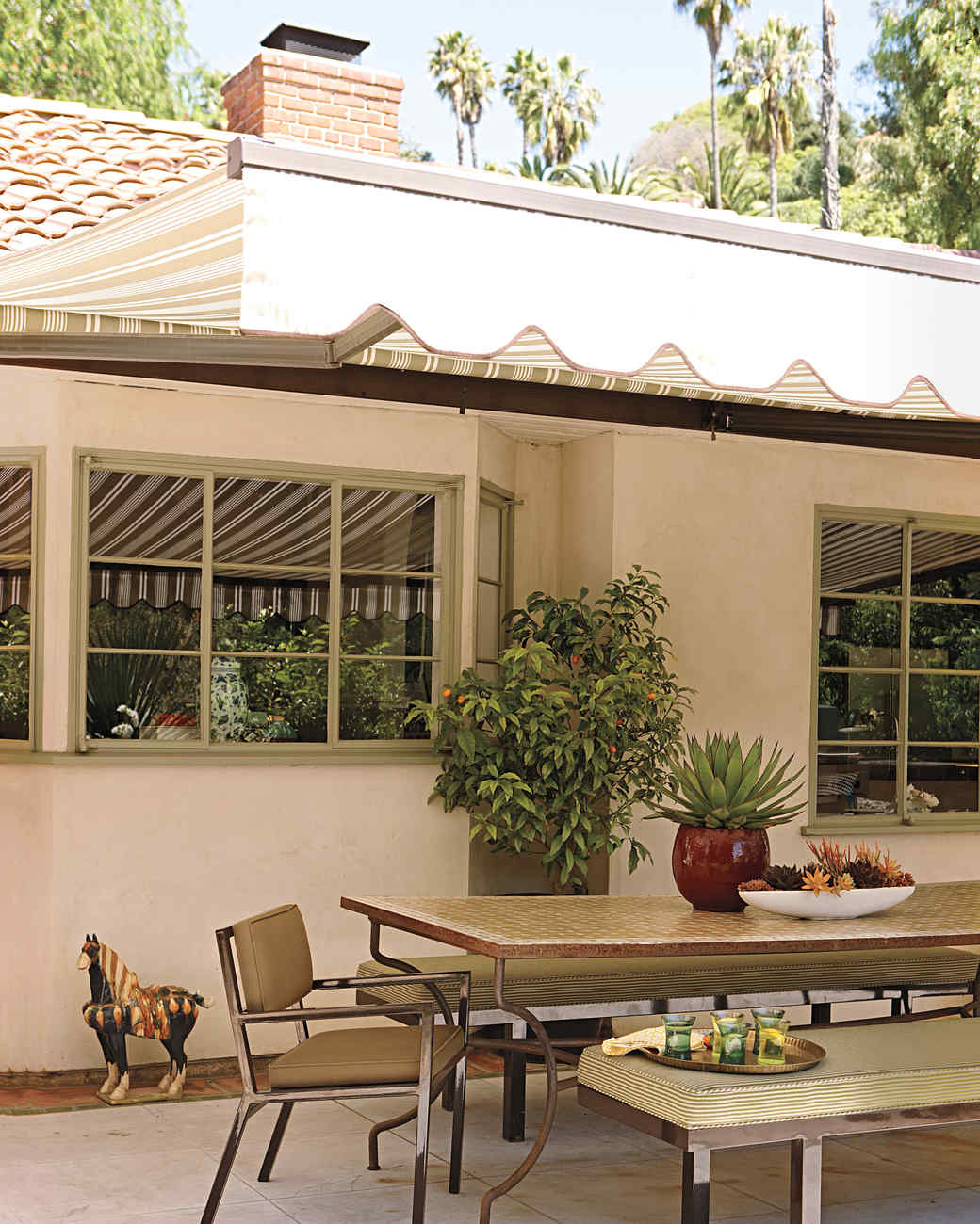 anderson-house-patio-0911mld107423.jpg