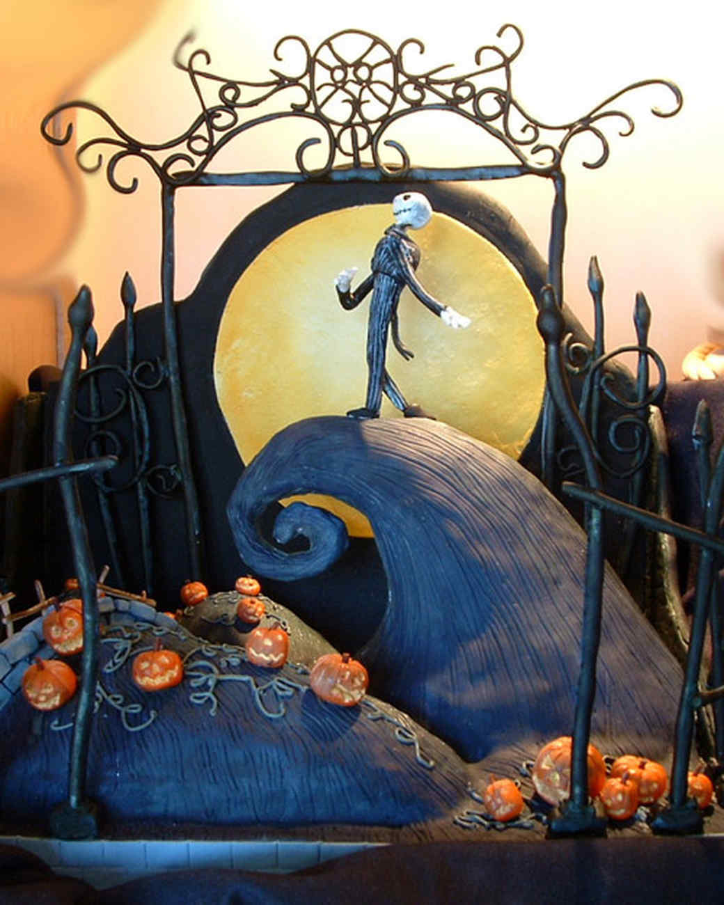 best_of_halloween09_nightmare_cake.jpg