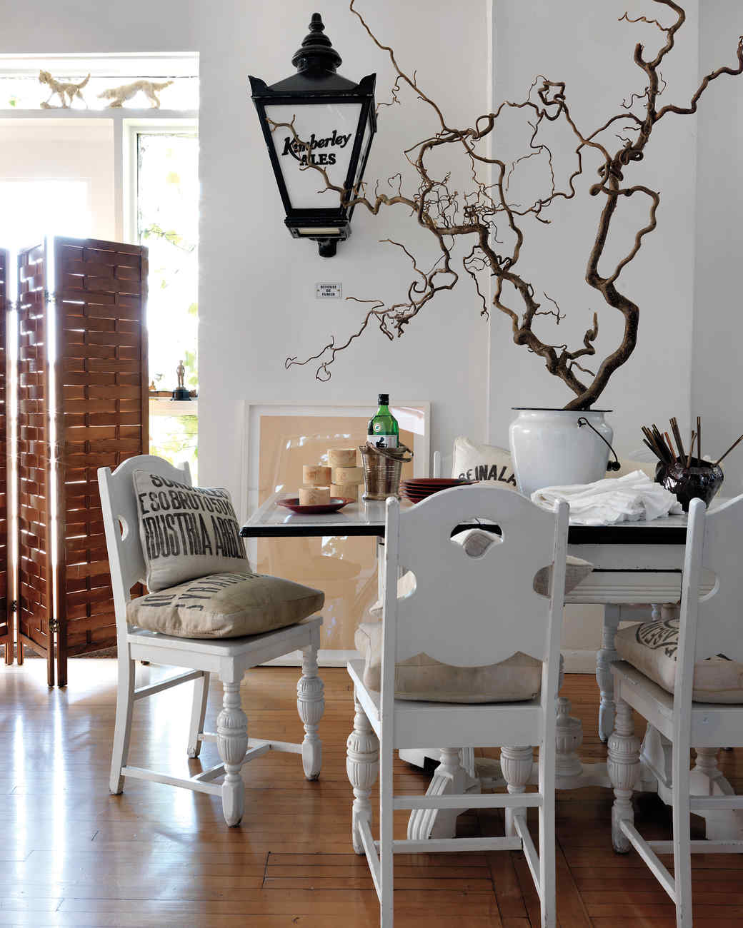 jeffrey-moss-dining-room-mld108945.jpg