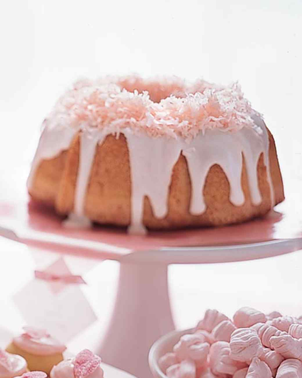 mw810d2_spring03_pink_coconut_cake.jpg