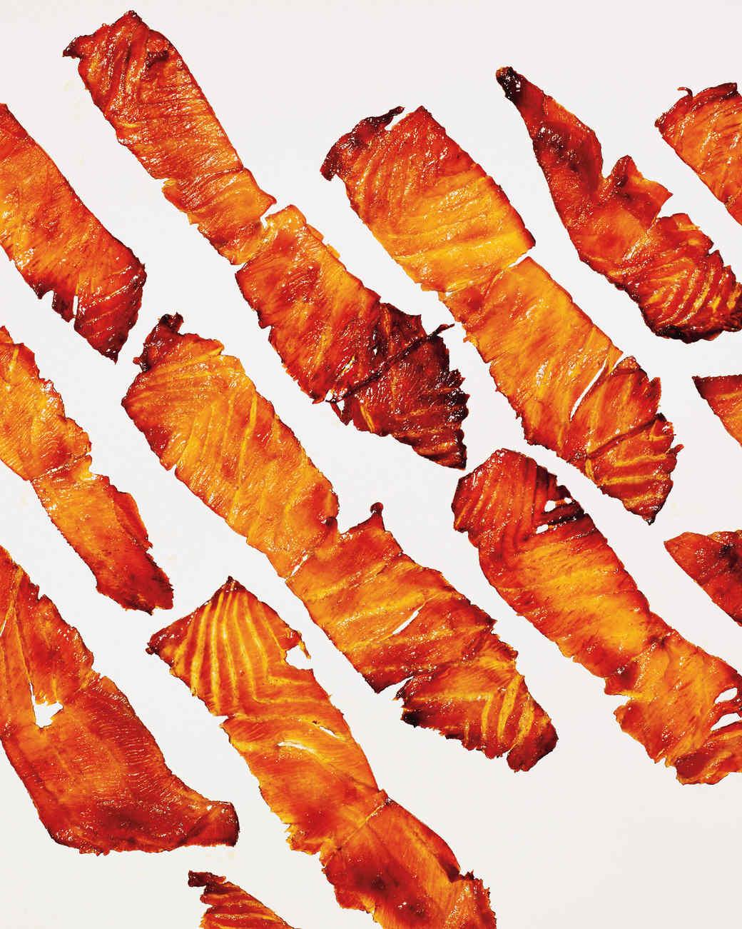 salmon-bacon-appetizer-320-d112293.jpg