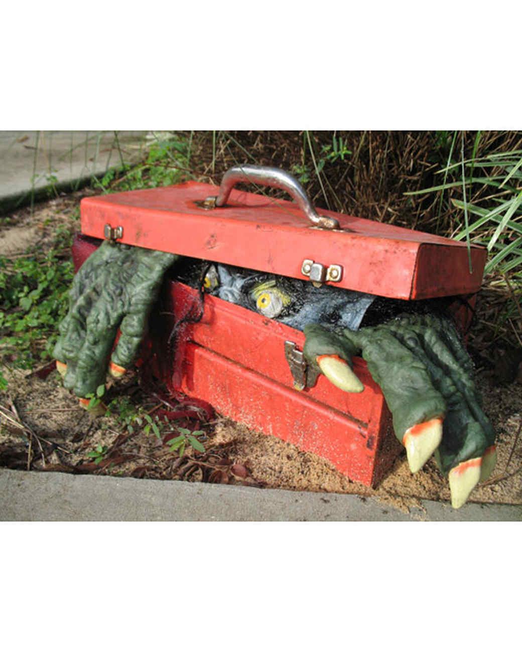 best_of_halloween09_monster_toolbox.jpg