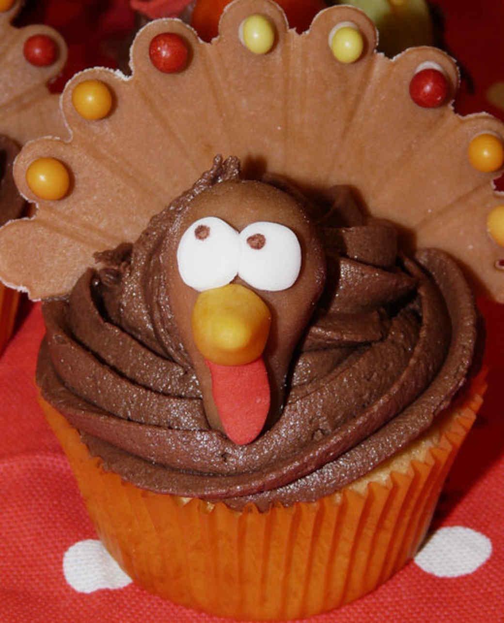 cupcake_contest_0211_turkey_cupcake.jpg