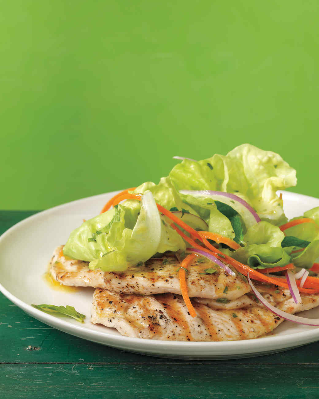 grilled-chicken-paillards-med108164.jpg