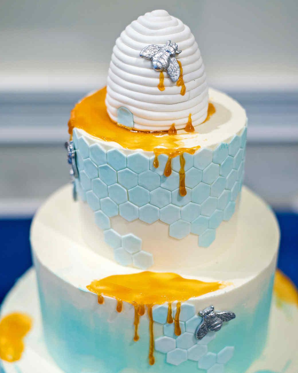 mangiolino cake tight closeup
