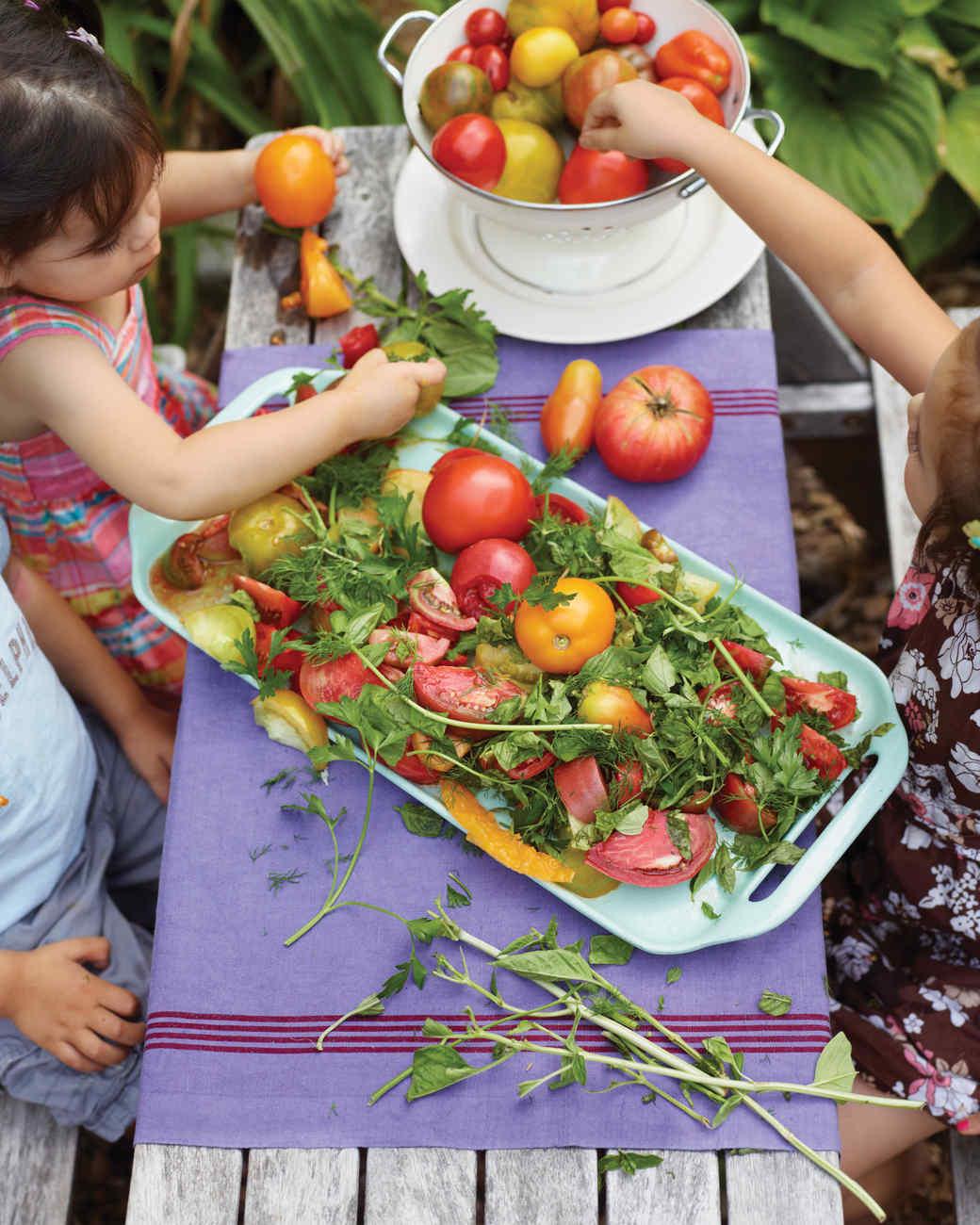 mld106444_0311_a100813_tomato_salad.jpg