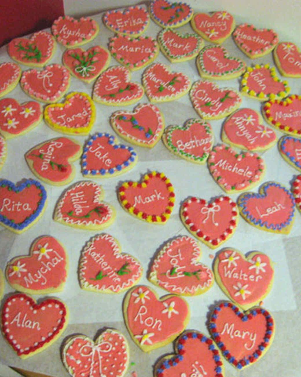 vday_treat_ugc09_name_heart_cookies.jpg
