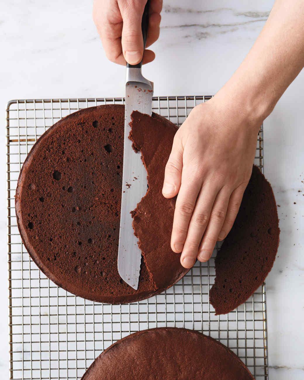 devils-food-cake-process-255-d112204.jpg