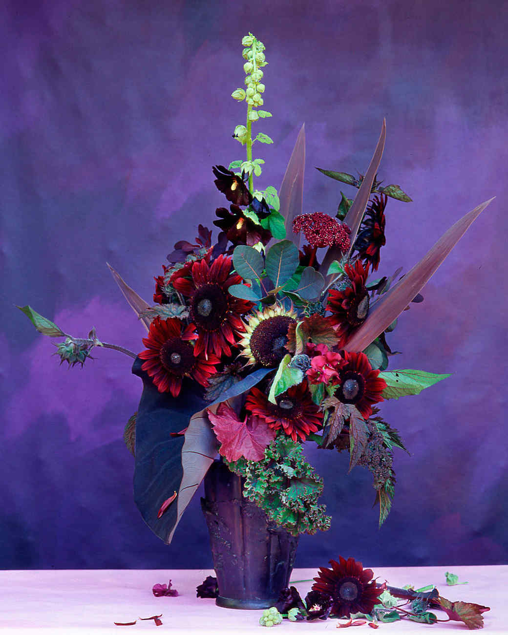 flower-arranging-la103516-red-purple.jpg
