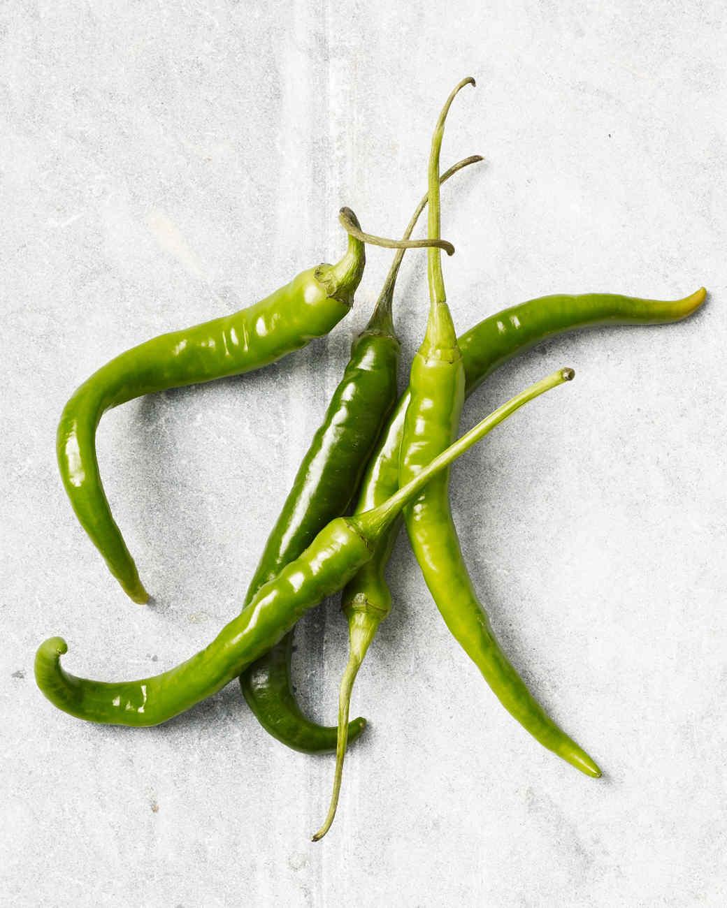 green-finger-hot-peppers-164-d110163.jpg