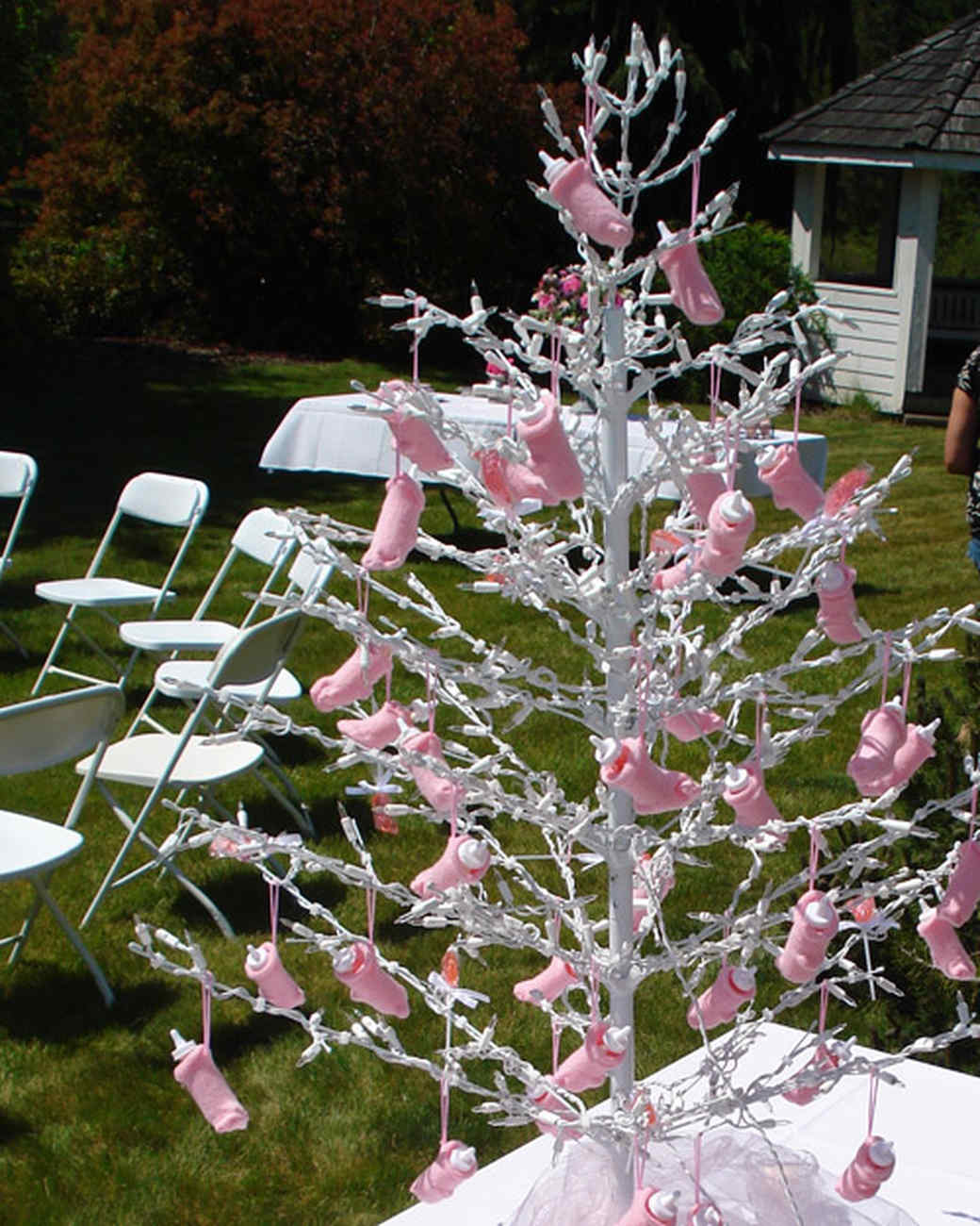 Your best baby shower themes and favors martha stewart for Baby shower tree decoration