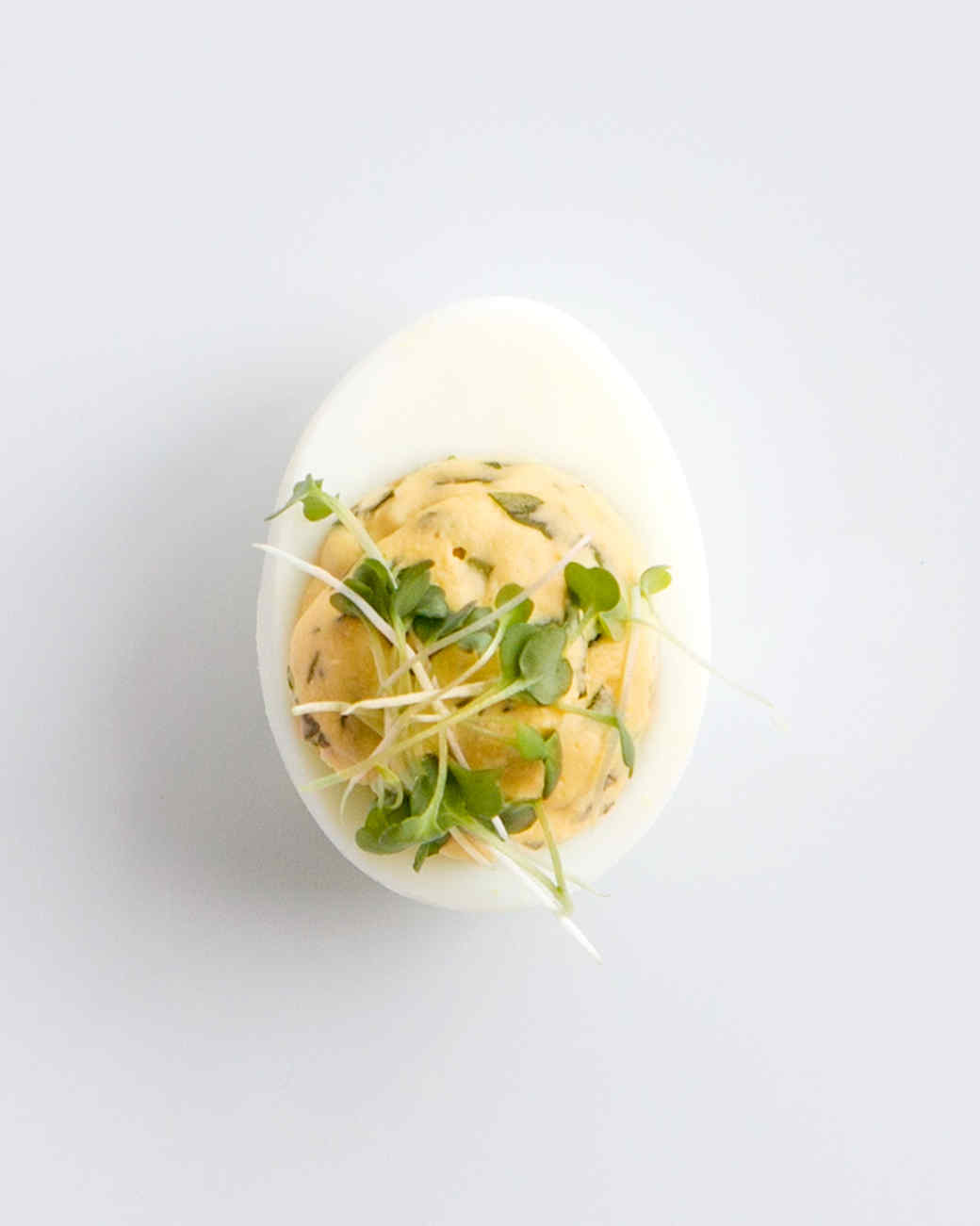 watercress-deviled-eggs-1116-d111028.jpg