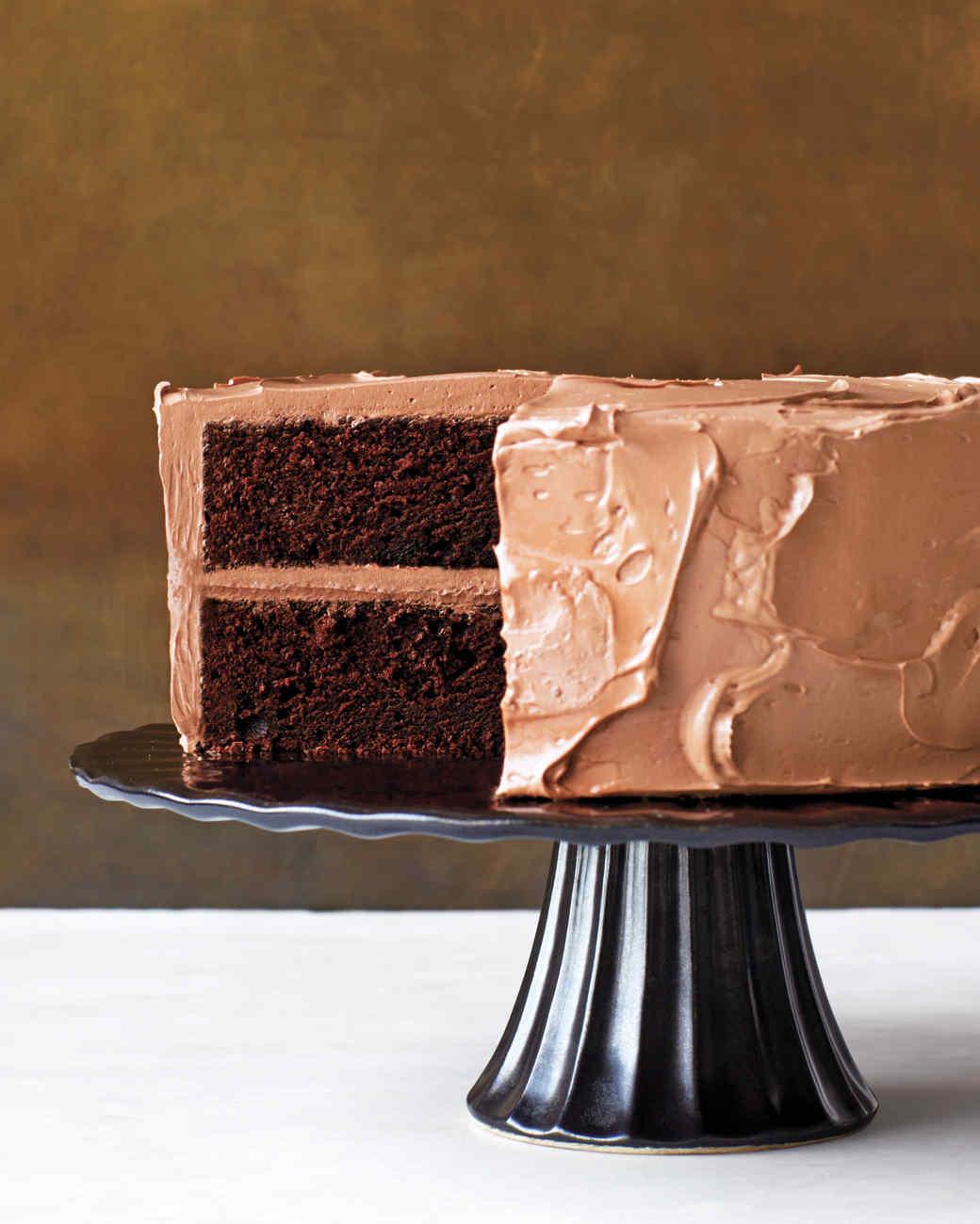 devils-food-cake-beauty-359-d112204-r.jpg