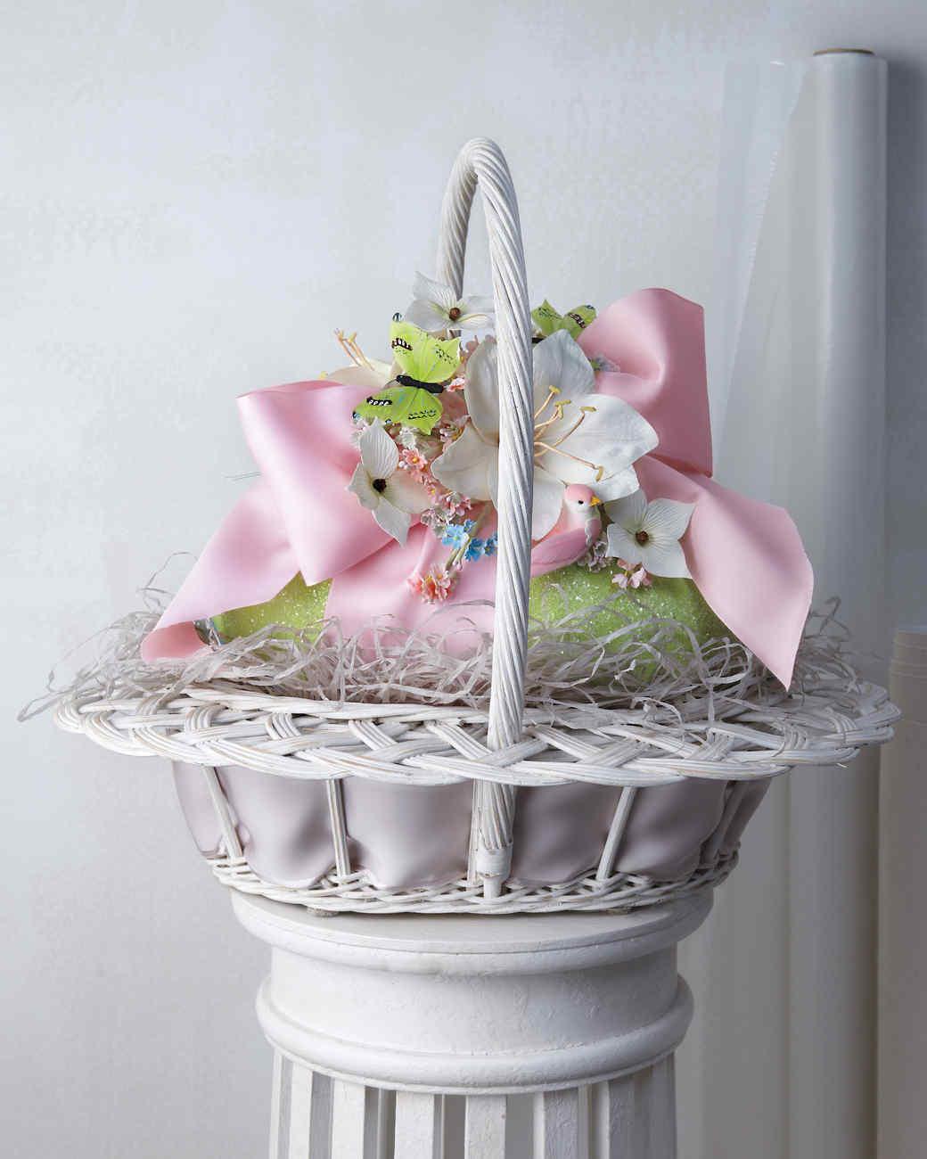 easter-basket-green-egg-022-mld109766.jpg
