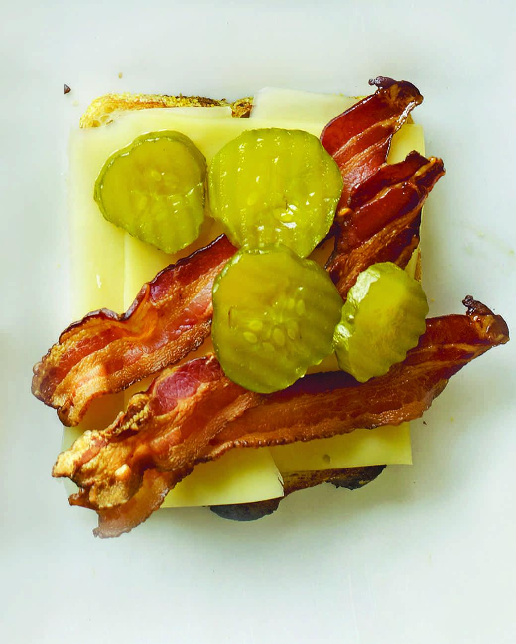 mld106119_1010_grill_chedder_pickles9.jpg
