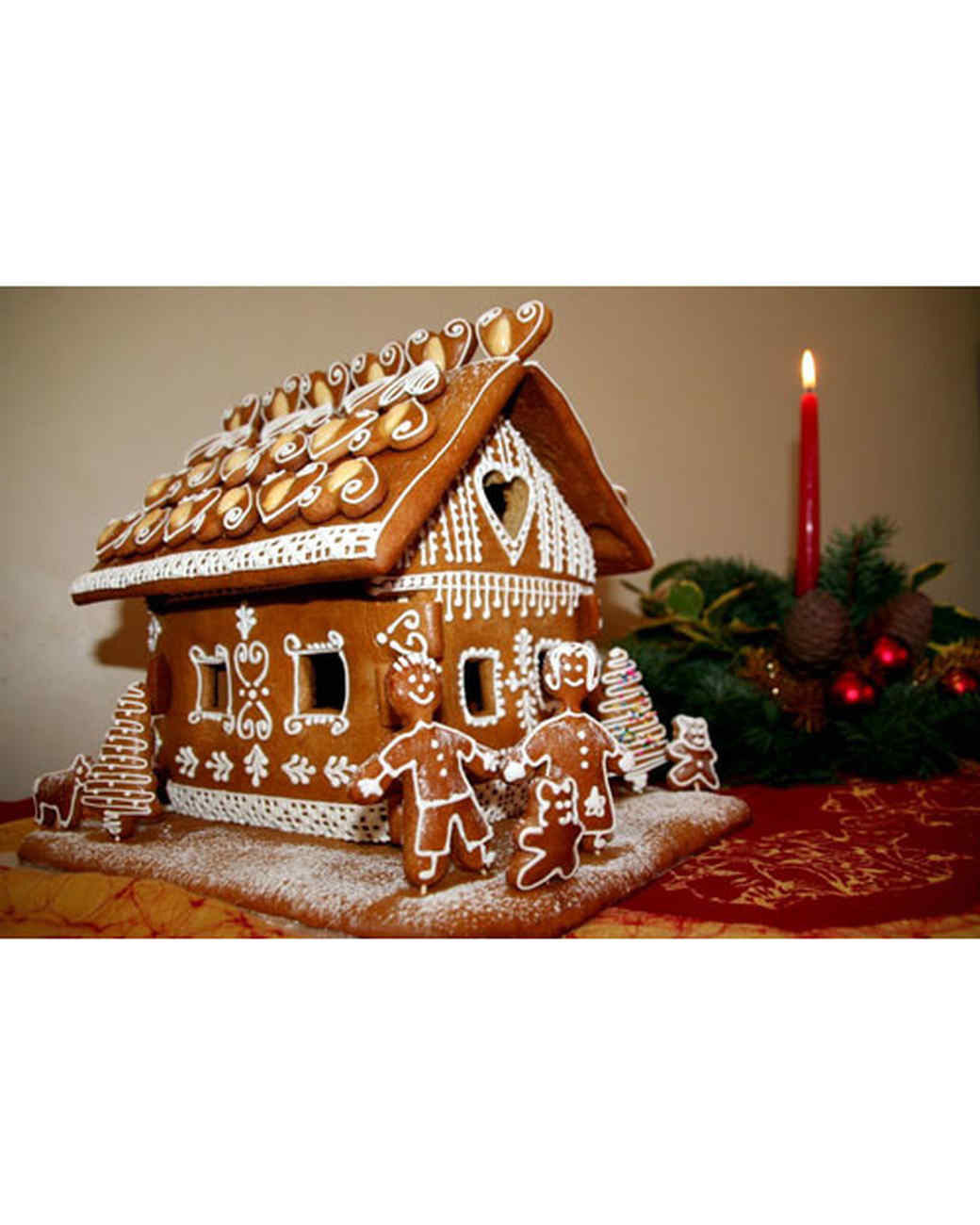 Ranch style gingerbread houses