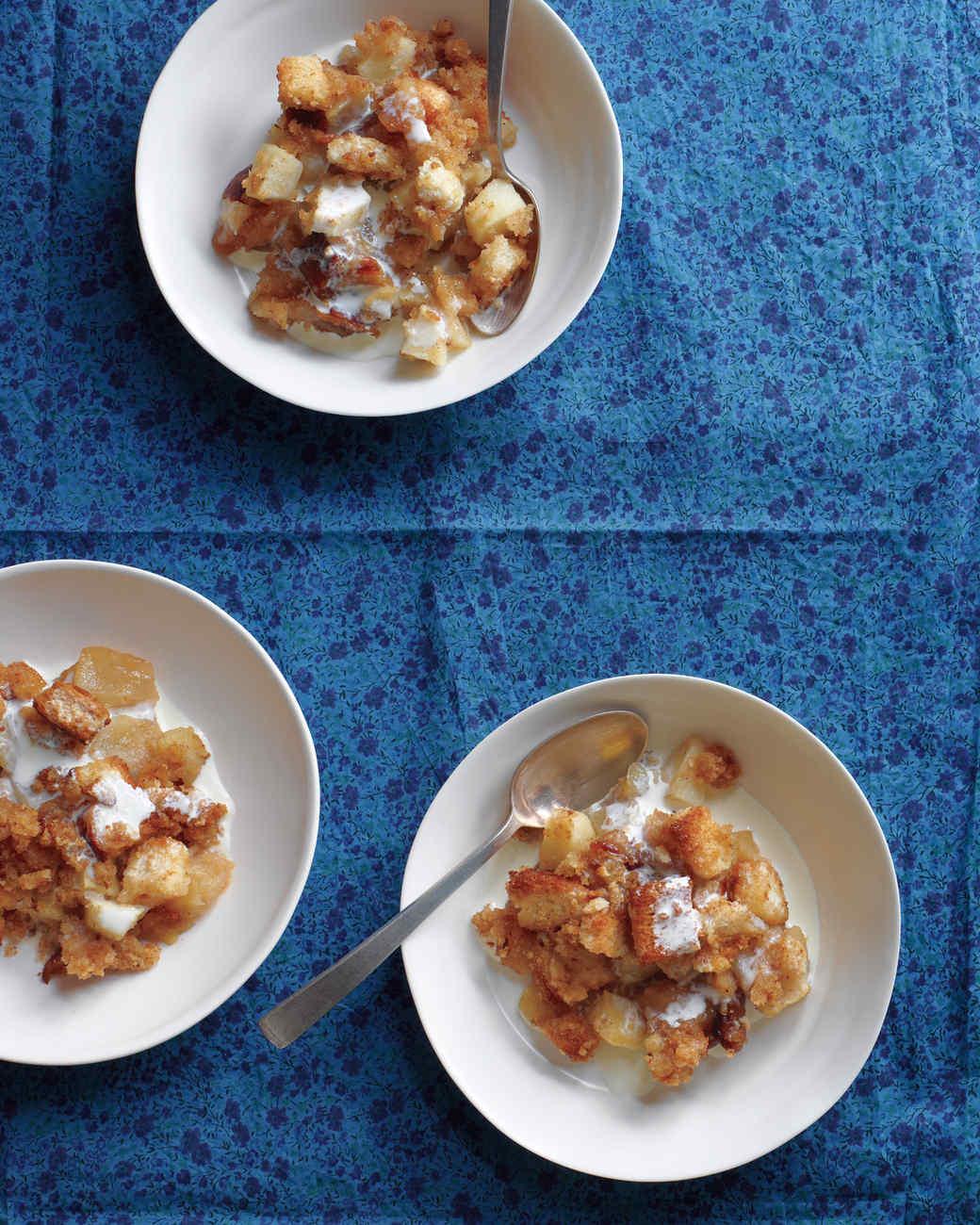 dessert-apple-date-betty-025-med109000.jpg