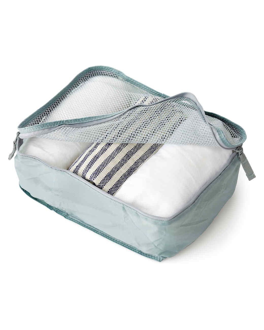 on-the-road-muji-garment-bag-mld108874.jpg