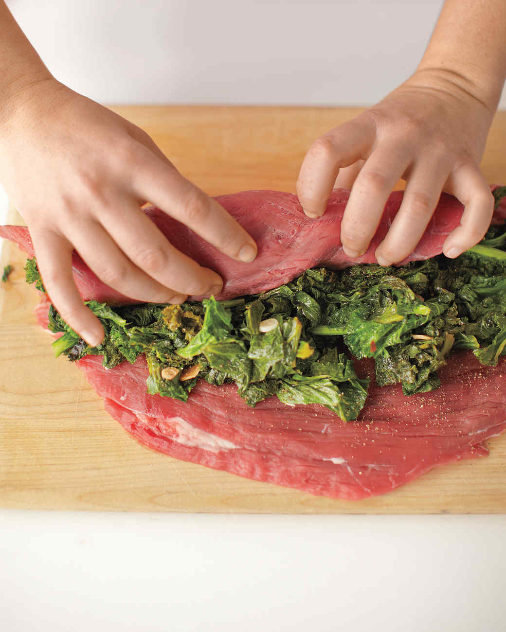 rolled-stuffed-flank-steak-4-med108372.jpg