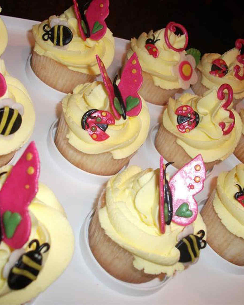 cupcake_contest_0211_butterfly_cucpakes.jpg