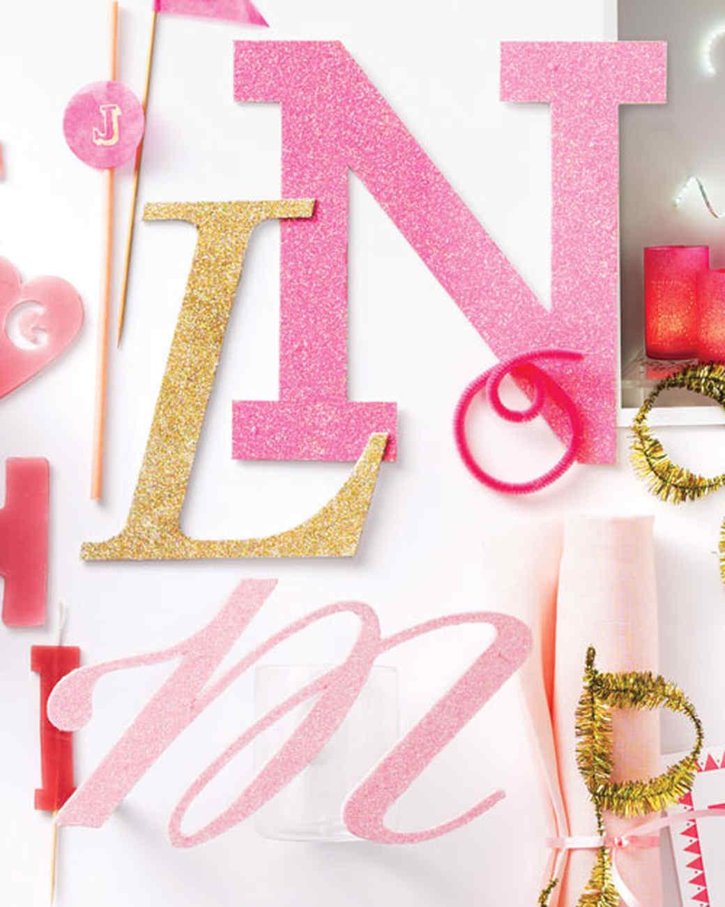 mld106559_0111_alphabet_letters_glitter.jpg
