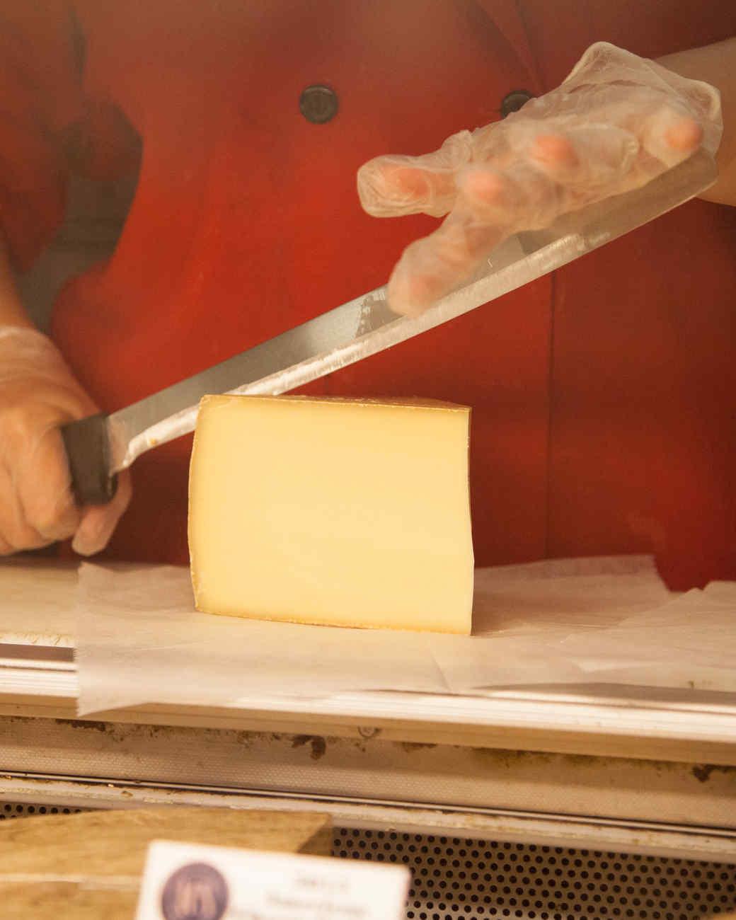 kevin-sharkey-murrays-cheese-081-d110550.jpg