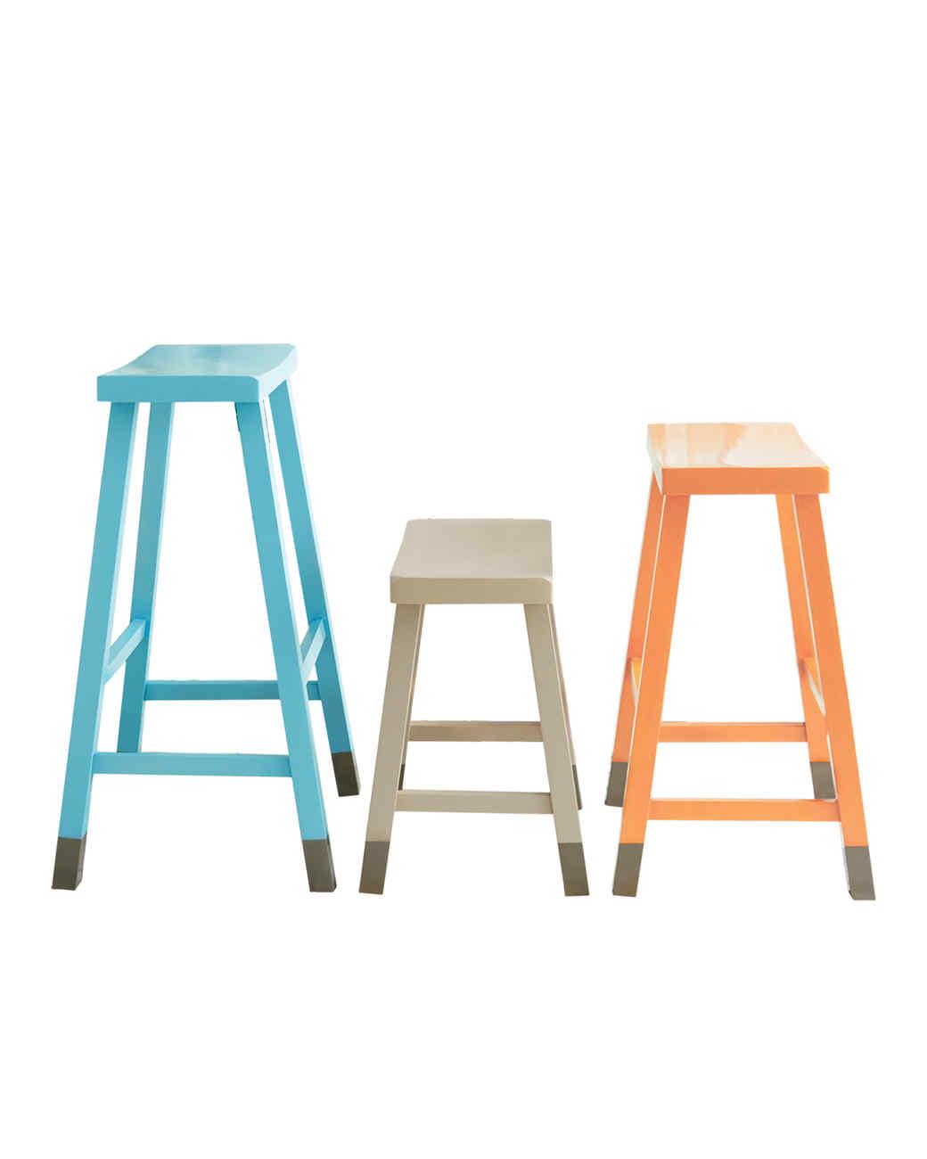 stools-finishing-touches-01-d106594-0815.jpg