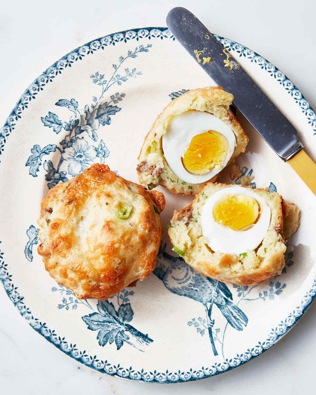 Breakfast Egg-and-Cheese Muffins